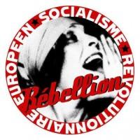 Badge de Rebellion, la revue de l'Organisation Socialiste Révolutionnaire Européenne